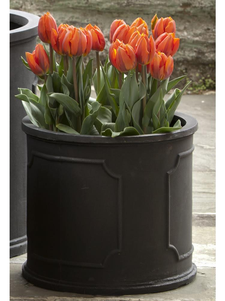 Campania International Polyethylene Med Portsmouth Rnd Pltr Urn/Planter Campania International