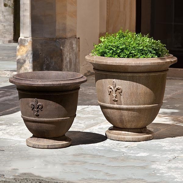 Campania International Cast Stone Fleur de Lis Small Urn Urn/Planter Campania International