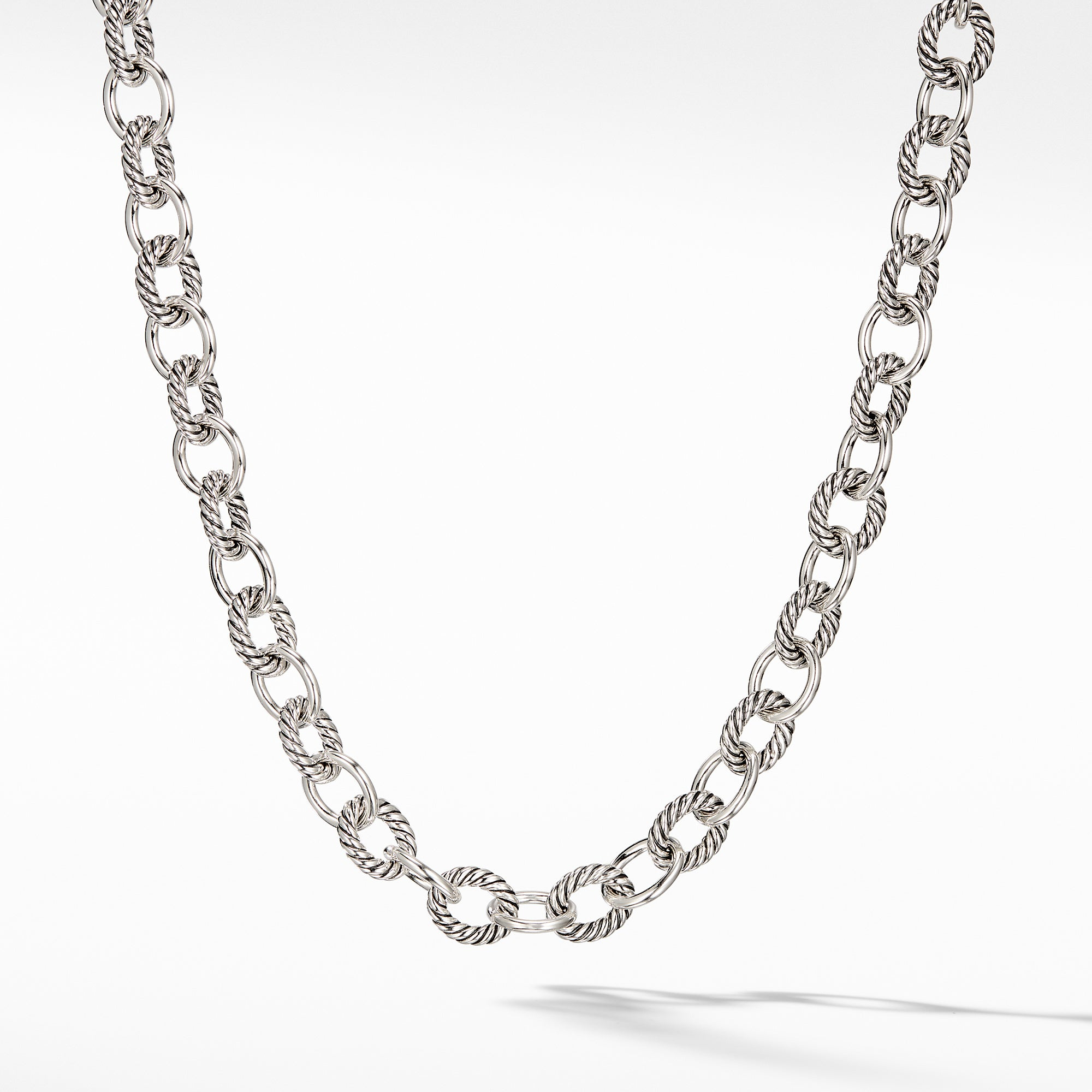 Oval Medium Link Necklace