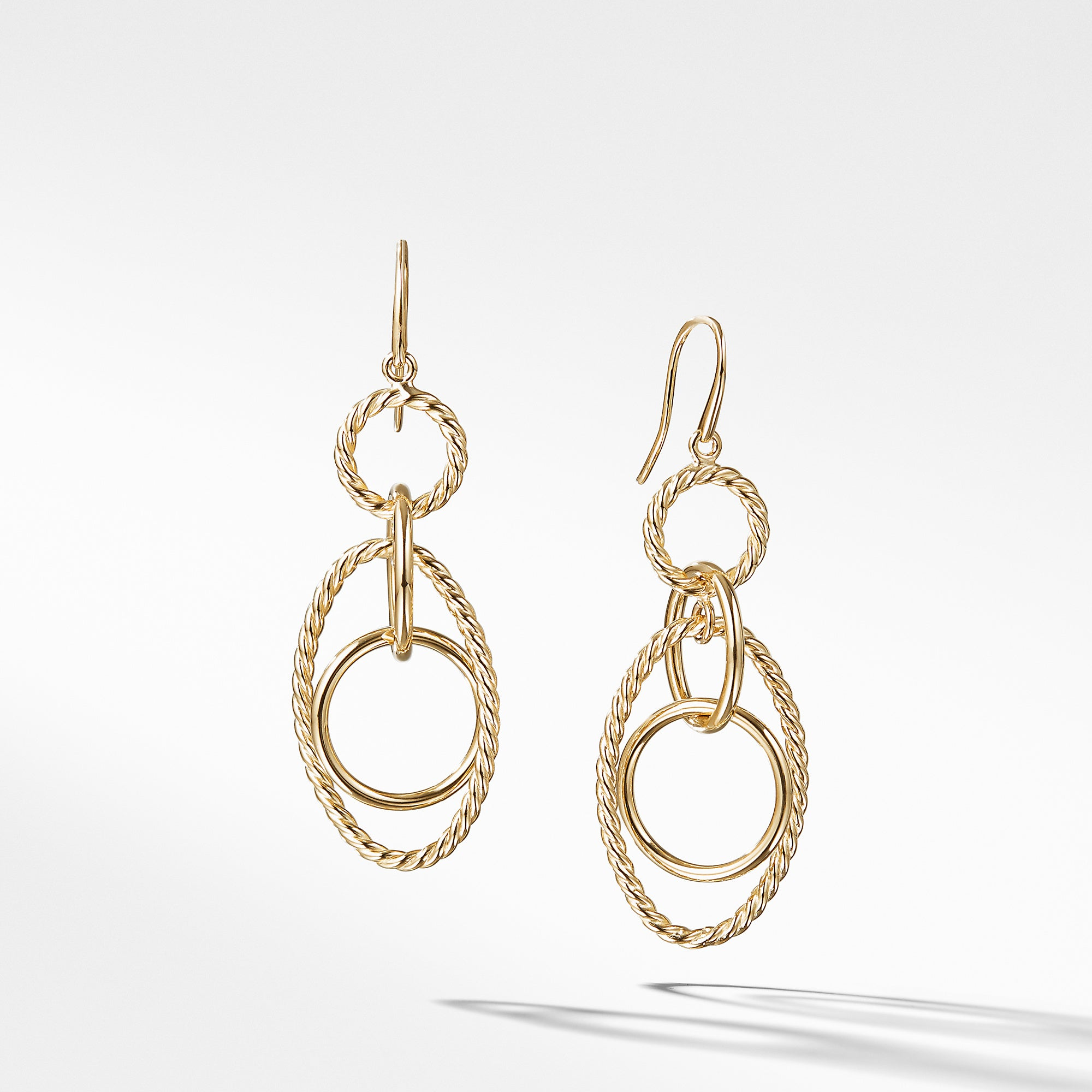 Mobile Small Link Earrings in 18K Yellow Gold