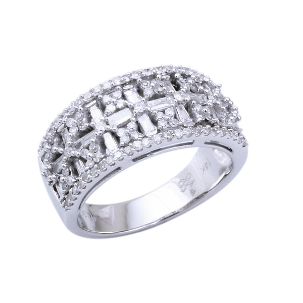 0.91 CTW Diamond Band Ring