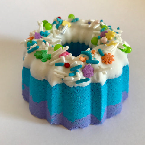 Eat Cake bath bomb/bath melt