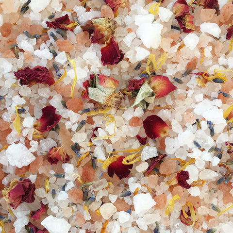 Coconut and Rose Buds bath salt & botanicals