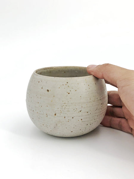 Speckled White Stoneware Acorn Planter