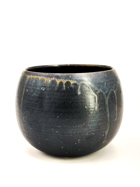 Midnight Black Stoneware Acorn Planter
