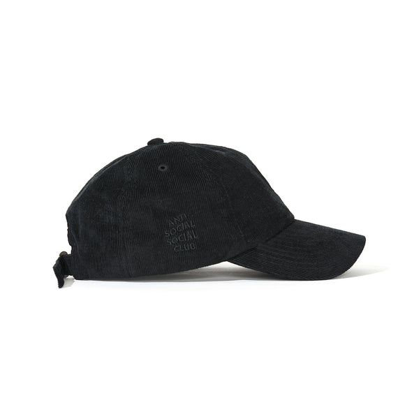 NEWPORT BLACK WEIRD CAP