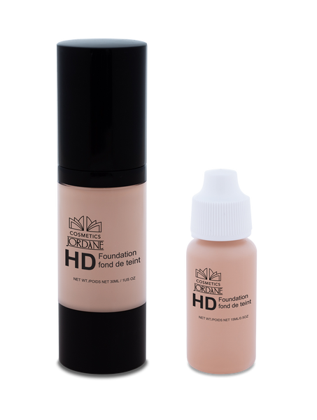 101 - Light Porcelain HD Liquid Foundation