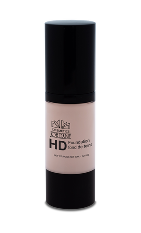 111 - Medium Light Porcelain HD Liquid Foundation