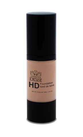 153 - Medium Tan HD Liquid Foundation