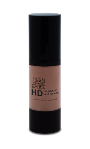 157 - Golden Chestnut HD Liquid Foundation
