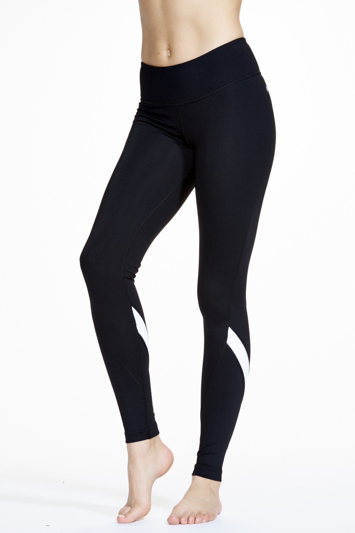 Vee Long Legging in Black and White - AMAIA - 2