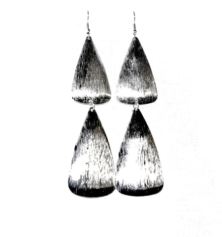 Metal earrings, Silver