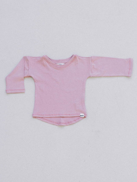 pink, gender neutral colors, fitted body t-shirt, soft jersey fabric. Sizes, baby, toddler, big kid, 6 mo 12 mo 1 yr 2 yr 3yr 4yr 5yr 6yr 7yr 8yr old. Ethically + sustainably made in  California, USA. long in back, Leggings w/ 1