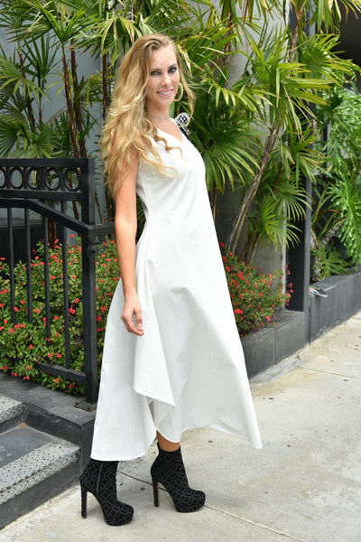 NY77 Design <br> White Long Sleeveless Dress