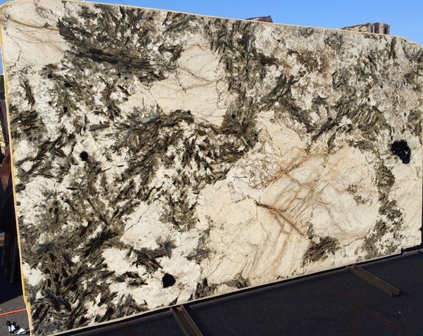 BLACK CRYSTAL Granite - Slab Series