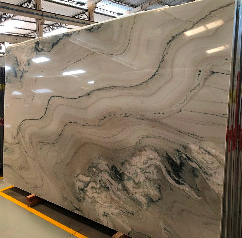 MACAUBAS PHANTASY Quartzite - Slab Series