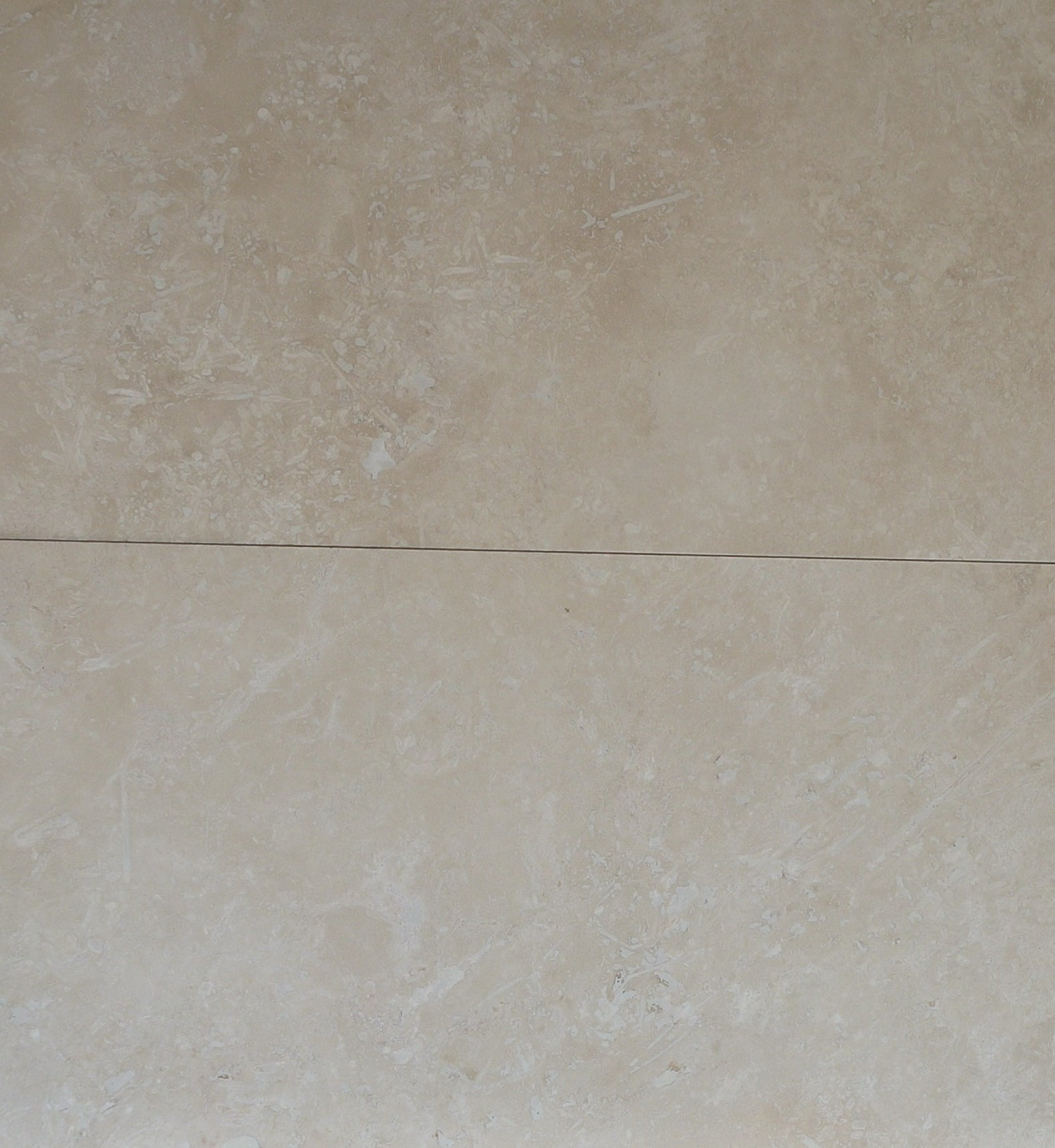 CLASSIC MEDIUM Travertine Honed/Filled - Tile Series
