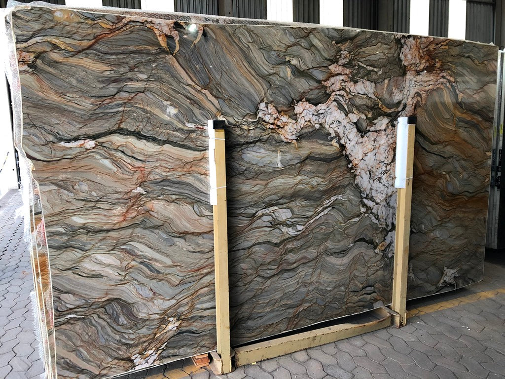 TAHITI MULTICOLOR Quartzite - Slab Series