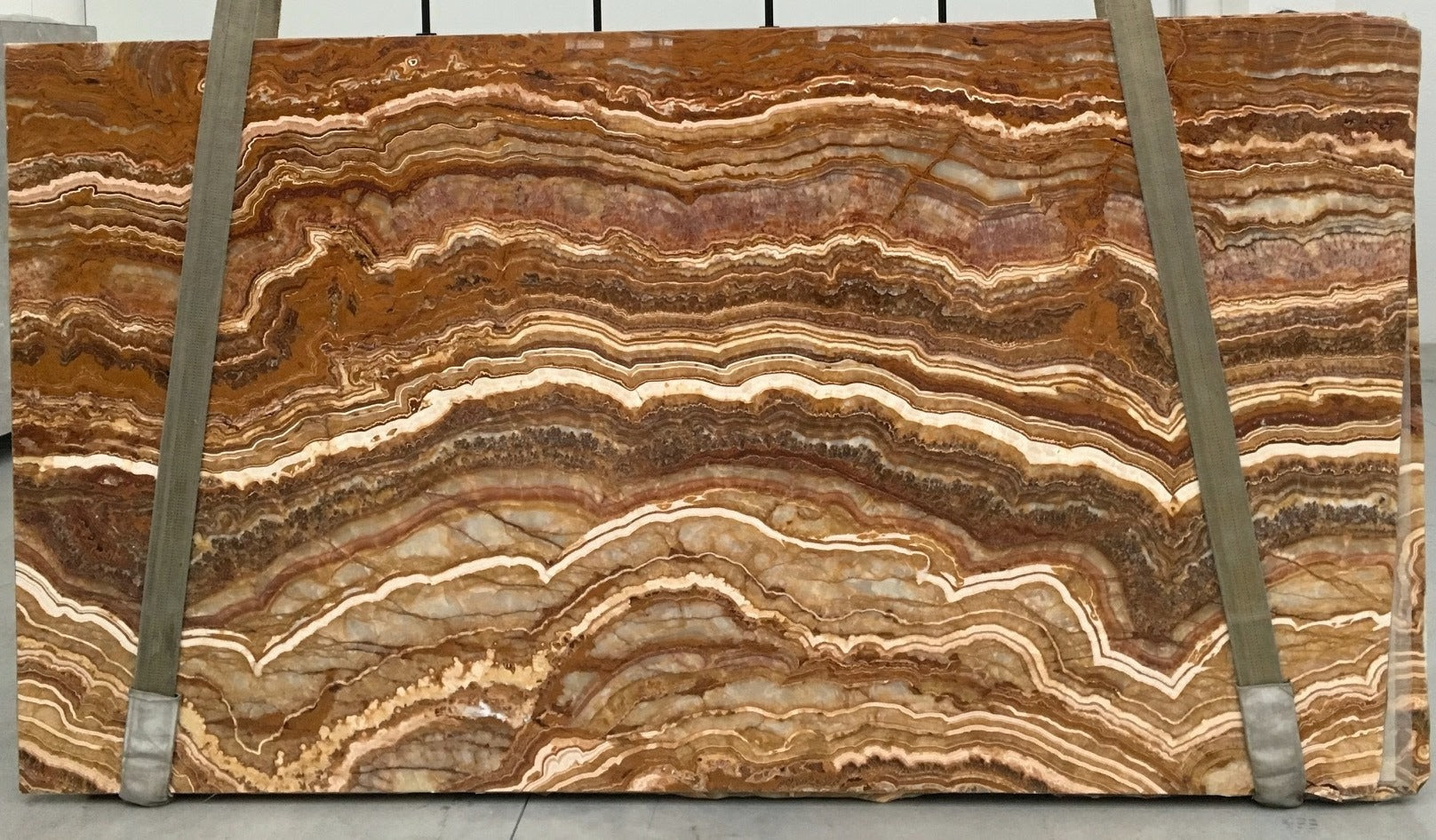 TIGER Onyx - Slab Series