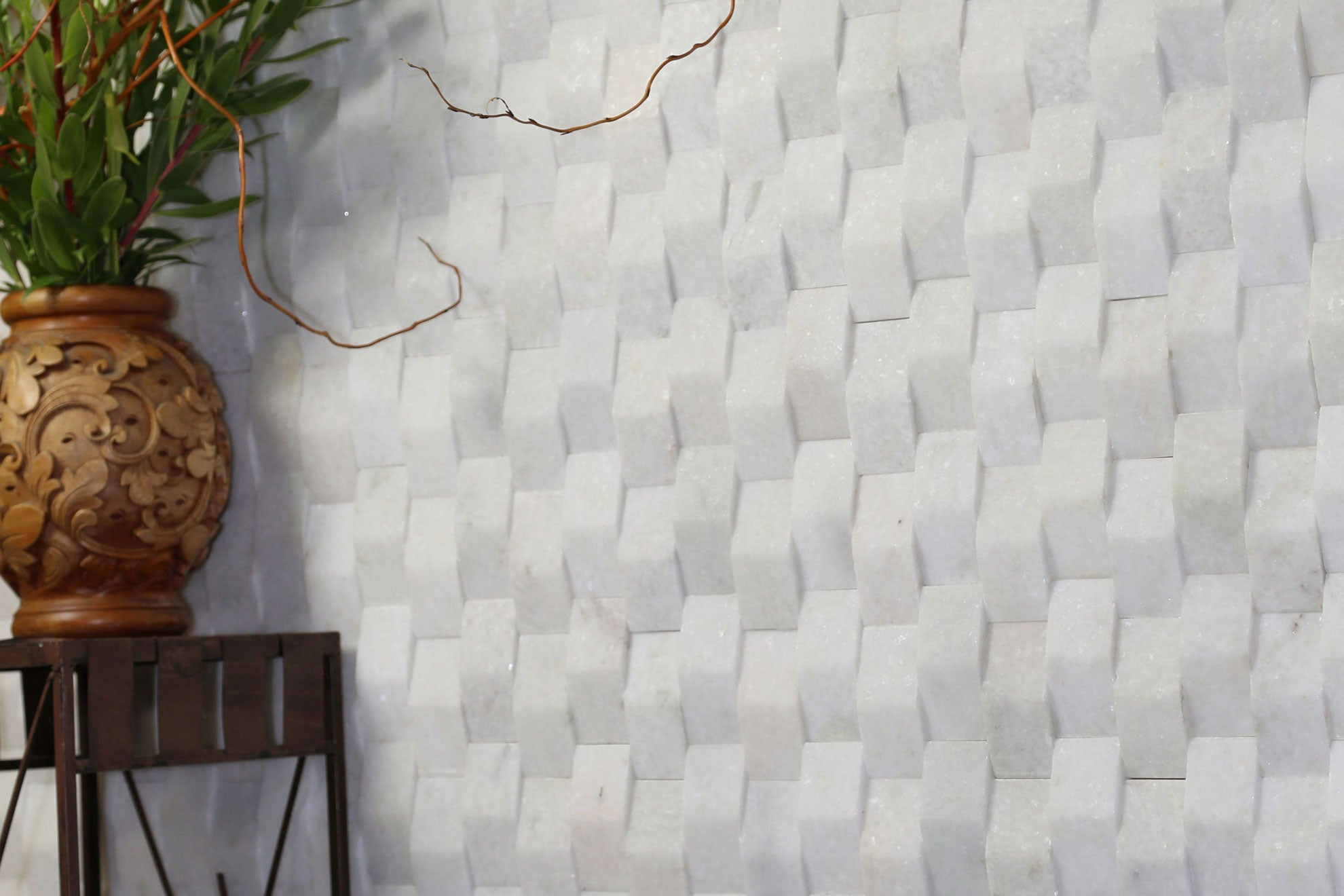 CRYSTAL WHITE, NEW WAVE TILE - Island, Profiles Series