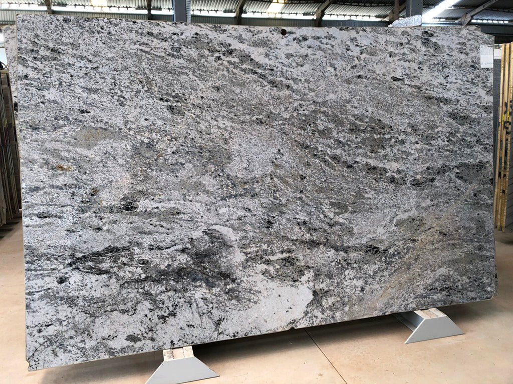 FOREST WHITE Granite - Slab Series