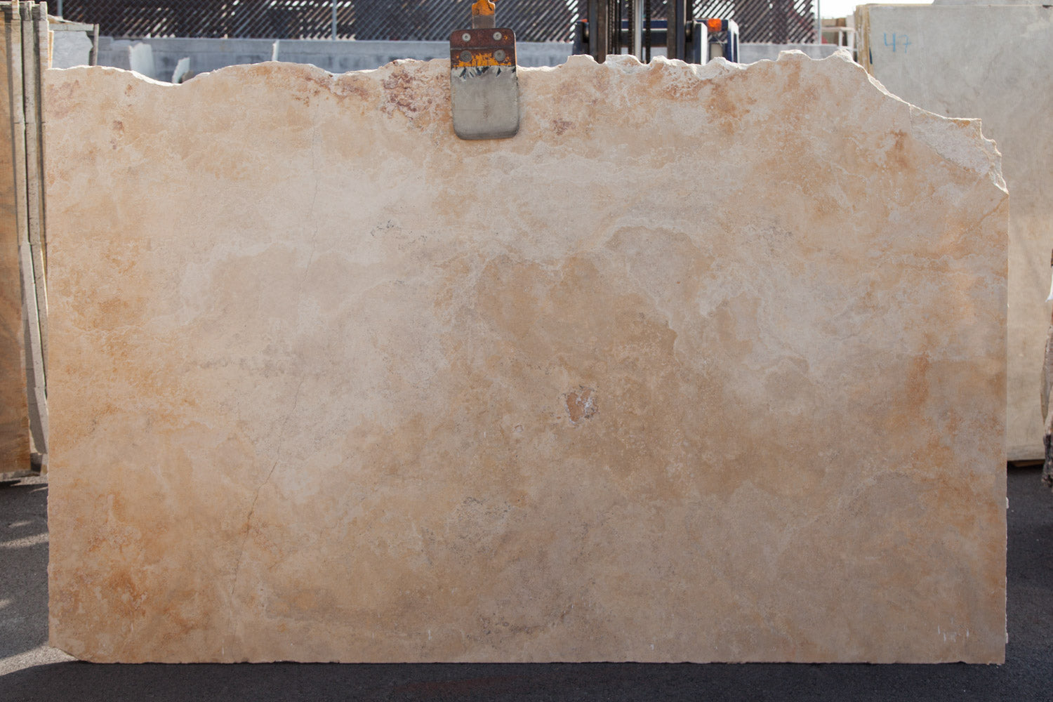 ANDES GOLD Travertine - Slab Series
