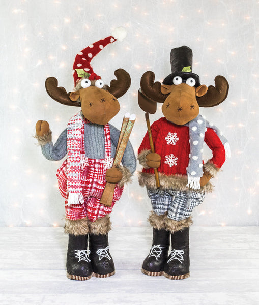 28159 Snug Sweater Moose Stander