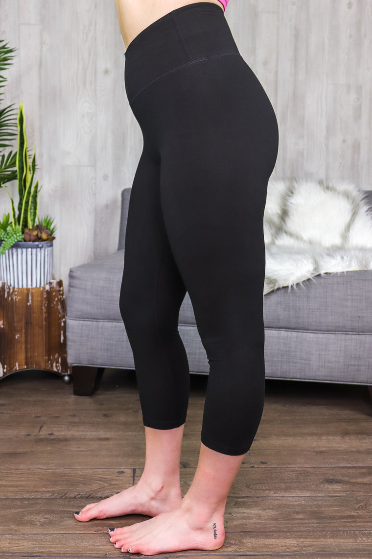 Riley Capri Leggings Black