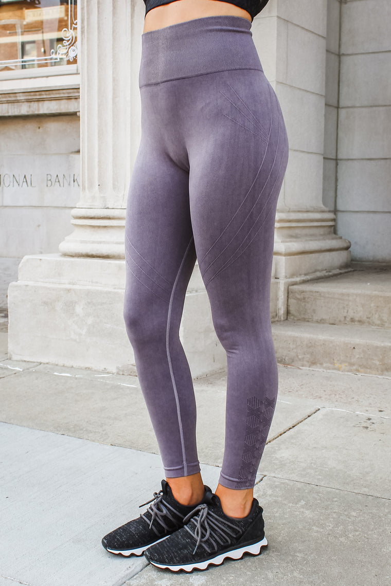 Raven Mineral Wash Leggings Mauve