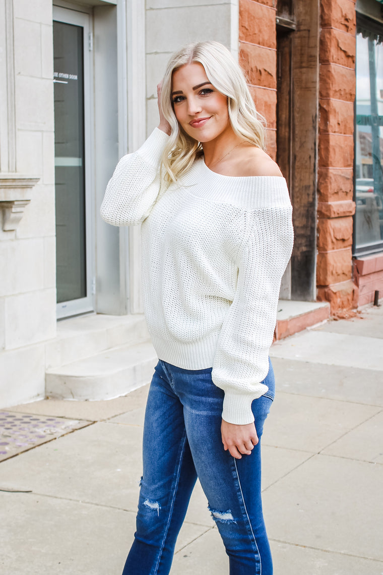 Jenn Off Shoulder Sweater Cream