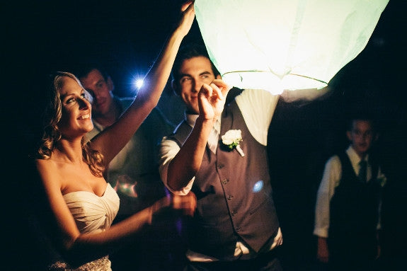 wedding sky lanterns