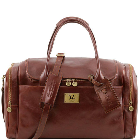 VOYAGER Italian Travel leather bag with side pockets TL141296 - Executive Leather