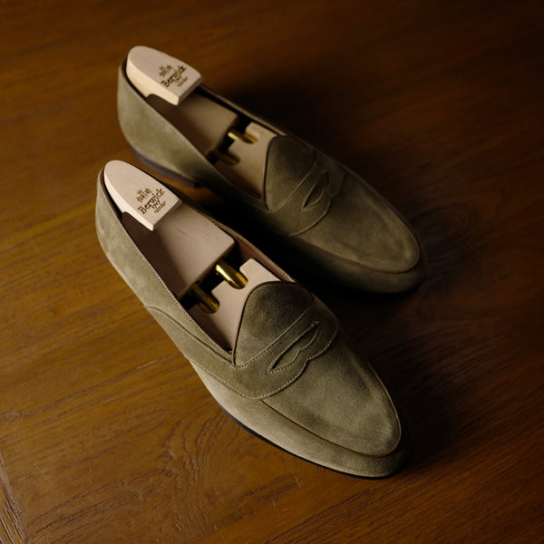 4952 Penny Loafers in Sand Suede