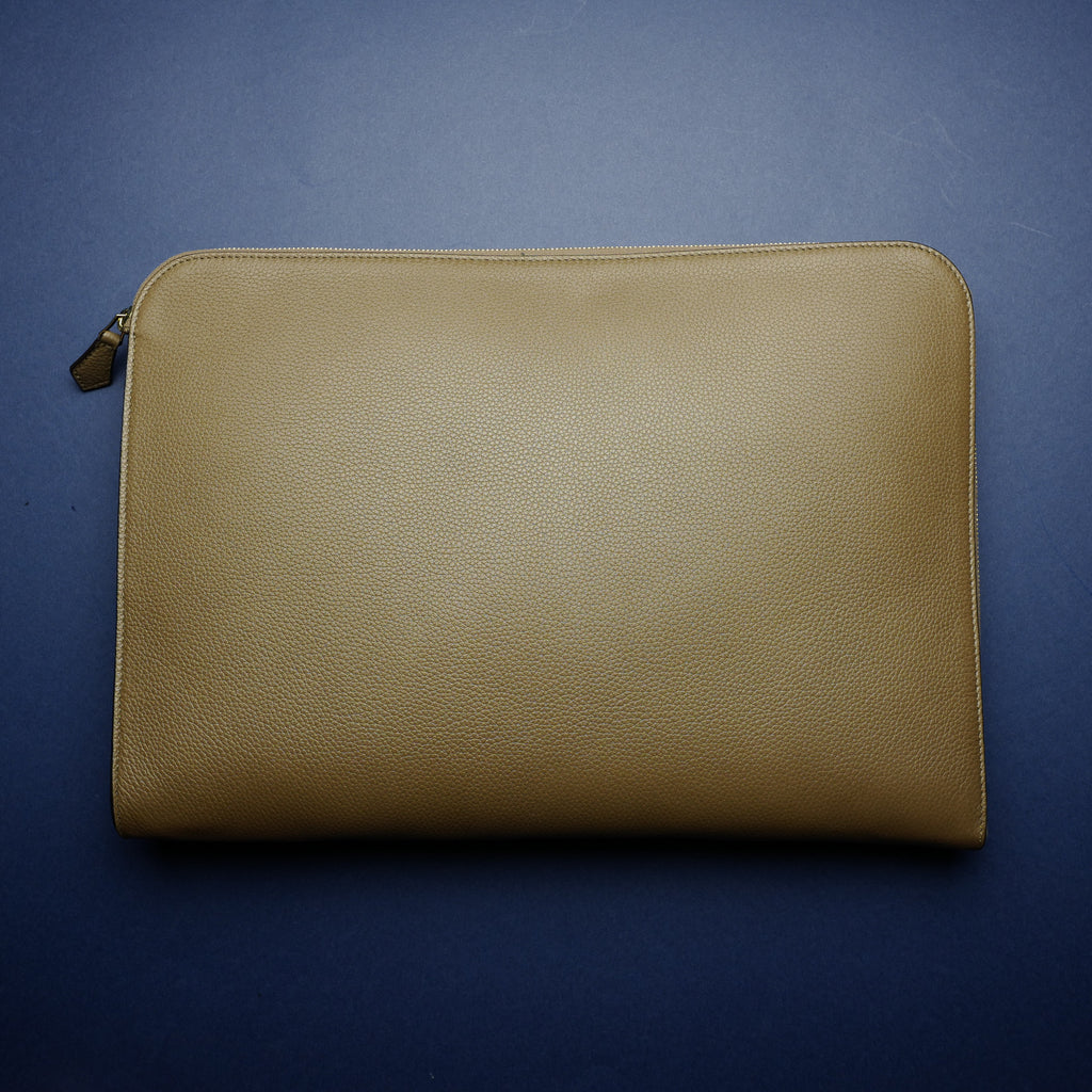 934 Document Case in Taupe Calf