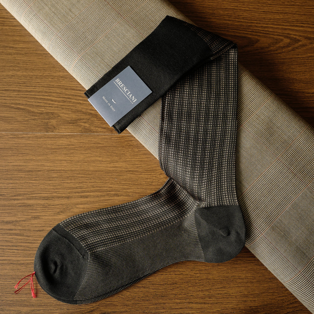 Brown Cotton/Silk over-the-calf Socks with Patterned Design