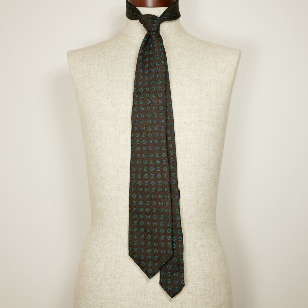 Brown Jacquard Six-Fold Tie with Woven Medallion