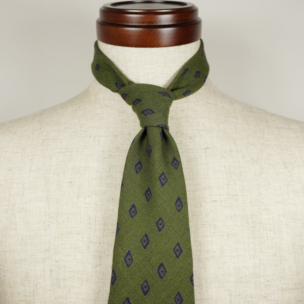 Olive Wool Six-Fold Tie with Diamond Print