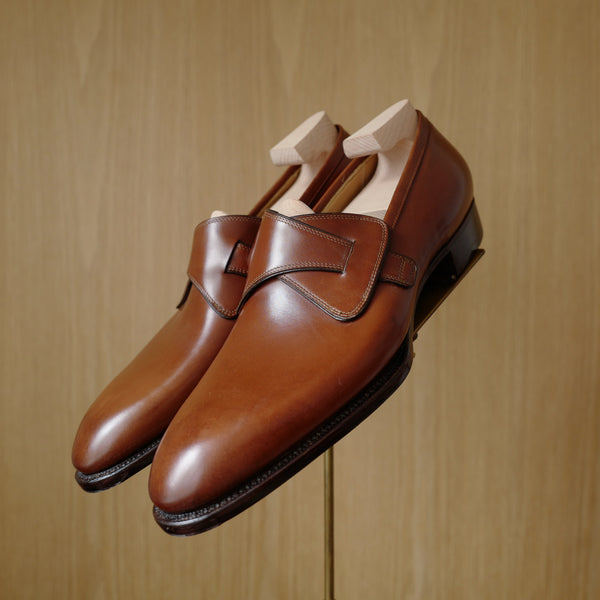 Butterfly Loafers in Medium Brown