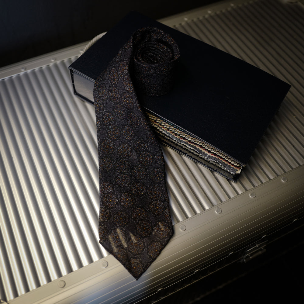 Grey Seven-Fold Wool/Silk Tie with Floral Design