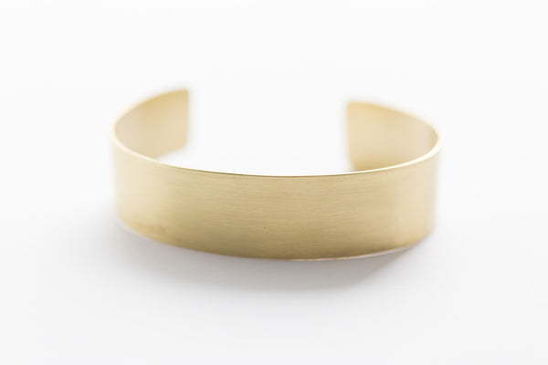 Melt Goods Kasai Bracelet I Minimalist + Delicate Brass Jewelry Made by Refugee Women in America