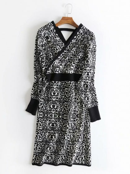 Black Women Dress V-neck Leopard Print Puff Sleeve Knit