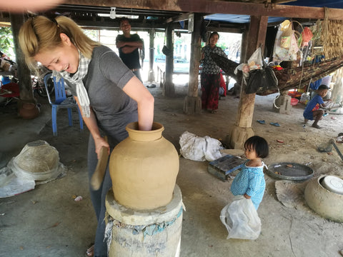 Learning Traditional Potters Techniques in Cambodia