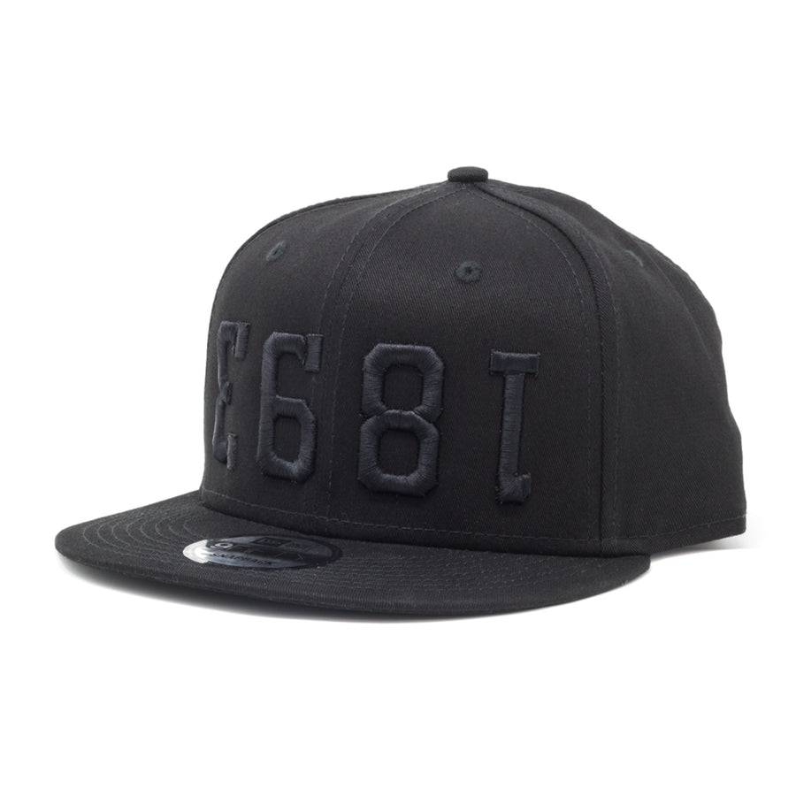 1893 New Era Snapback - Black / Black