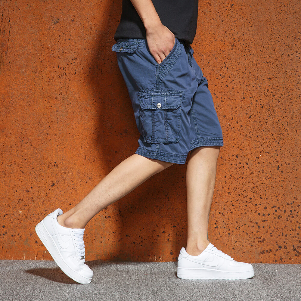 Outdoor Multi Pockets Solid Color Men Shorts