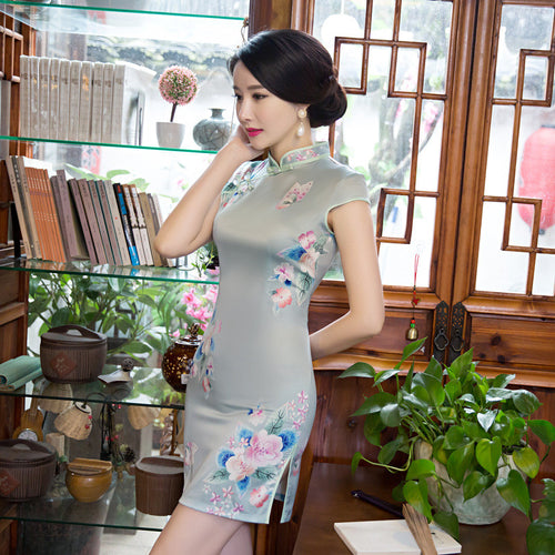 Wonderful Tradition Flowers Printed Silk Short Cheongsam