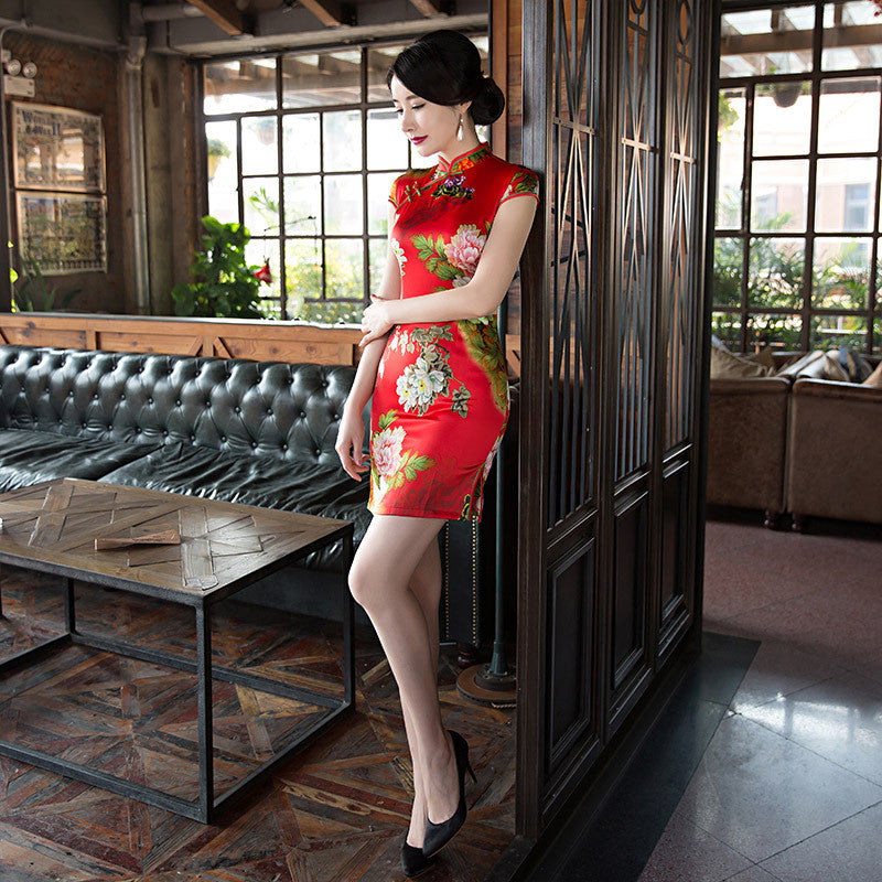 Beautiful Flowers Printed Cap Sleeve Polyester Red Silk Short Cheongsam - KINGEOUS
