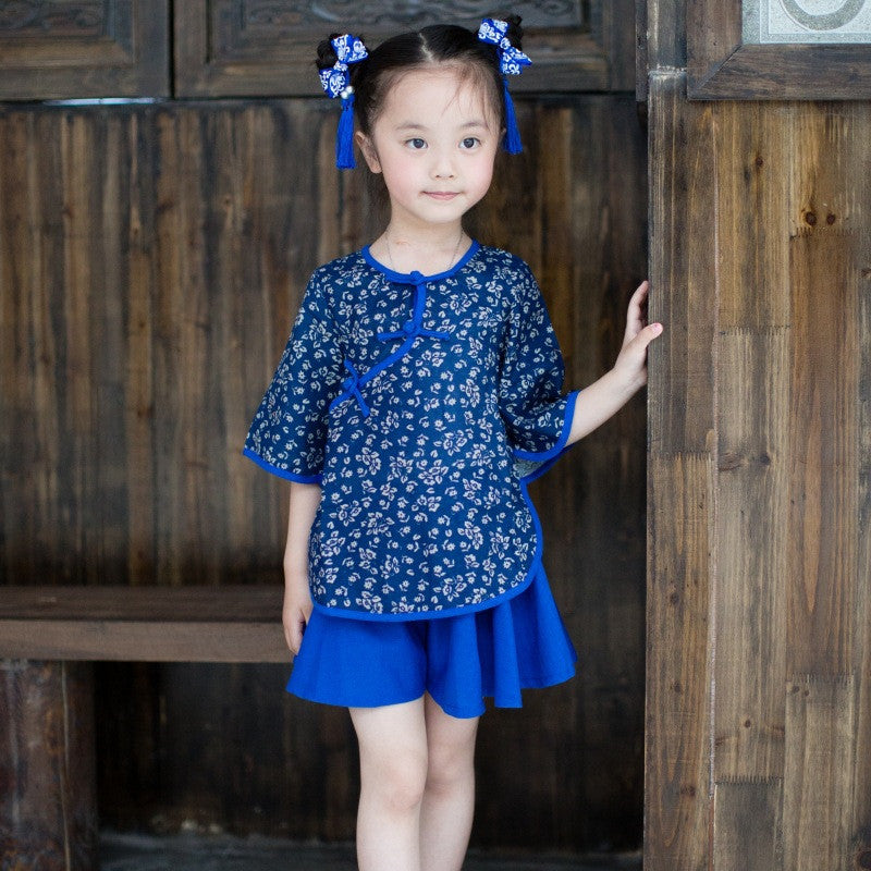 Lovely Printed Tradition Kids' Two Pieces Set