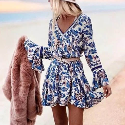 Latest V-neck Printed Trumpet Sleeve A-line Short Dress