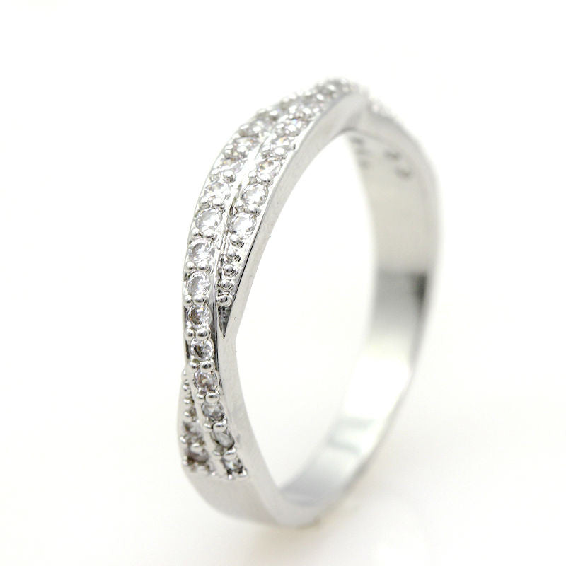 925 Sterling Silver Ring With Cubic Zirconia Diamonds - 2 Color Options