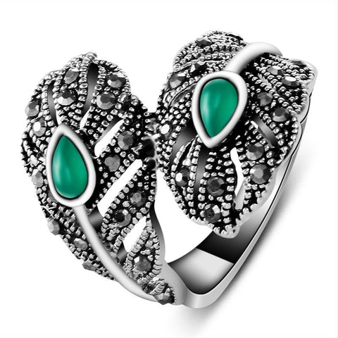 18K White Gold Plated Green Leaf Ring